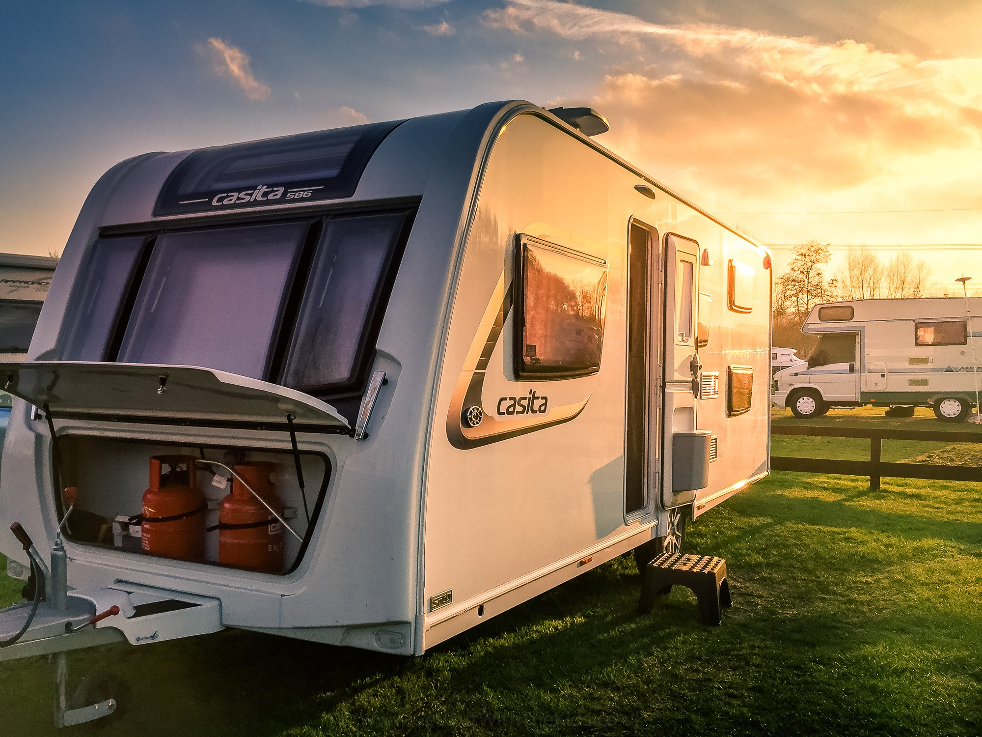 Casper the Caravan at Sunset