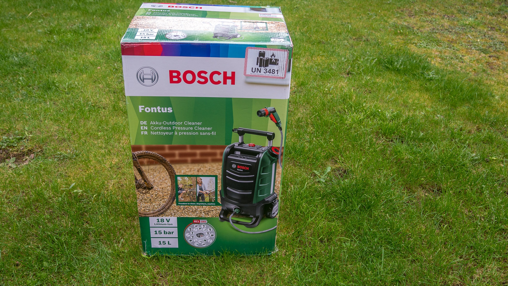 The Bosch Fontus in the box
