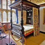 King Charles four-poster bed at Carisbrooke Castle.
